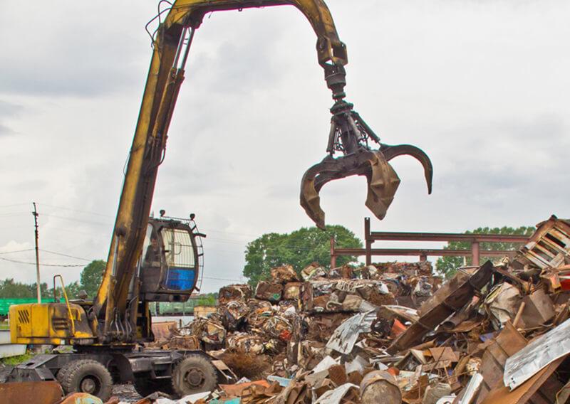 Gebrauchte Baumaschinen > Schrott Umschlagbagger